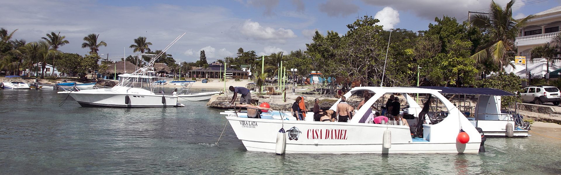 Vira Lata boat